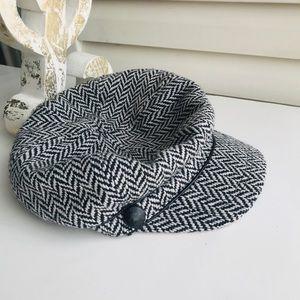 NWOT Nine & Co Herrington Newsboy Hat faux leather